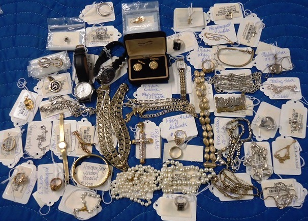 http://pbcspauthor/ofmb/thriftstore/SiteImages/AuctionResults/2017/Jun17/Lot 9441.jpg