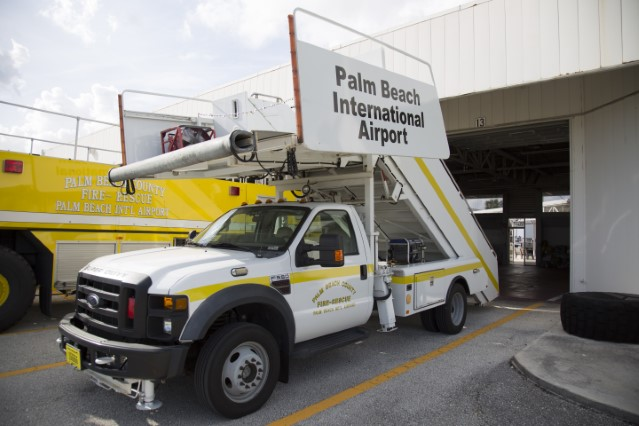 Type of Unit:  Air Stair  Station:  81  Year Built:  2008  Manufacturer:  Ford/Stinar  Chassis:  F550