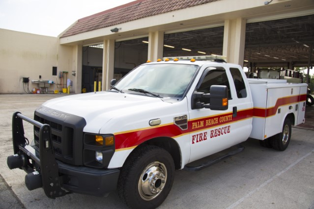 Type of Unit:  Paramedic Supervisor  Station:  42  Year Built:  2010  Manufacturer:  Ford  Chassis:  F350/Reading Squad