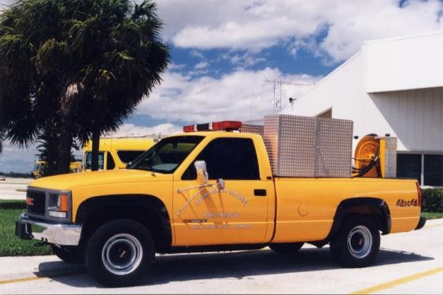 Type of Unit:  Foam  Station:  81  Year Built:  1996  Manufacturer:  GMC  Chassis:  3500 4x4 Pickup Crash Truck