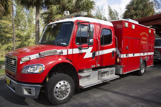 Type of Unit: Rescue Station: 17 Year Built: 2005 Manufacturer: American Lafran