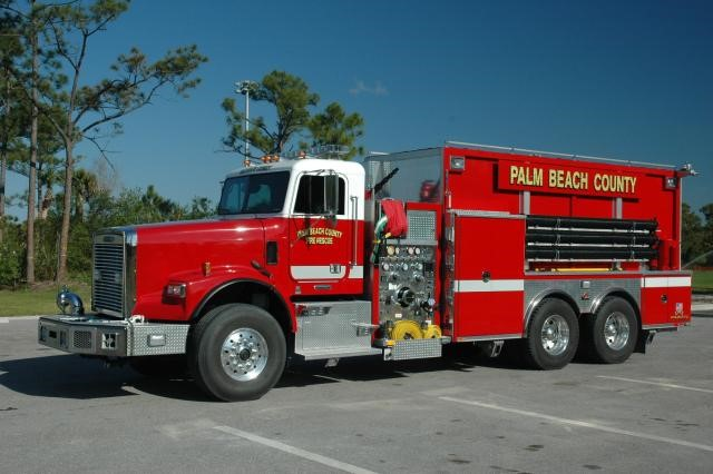 Type of Unit:  Tender Station:  14 Year Built:  2007 Manufacturer:  Freightliner Chassis:  Freightliner FL-120 Water Capacity:  3000 gallons  Pump Rate:  1250 gallons per minute  Foam Capacity:  50 gallons
