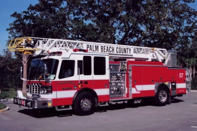 Type of Unit:  Platform  Station:  57  Year Built:  2010  Manufacturer:  Sutphen  Chassis:  Ignitor  Water Capacity:  500 gallons   Pump Rate:  1500 gallons per minute